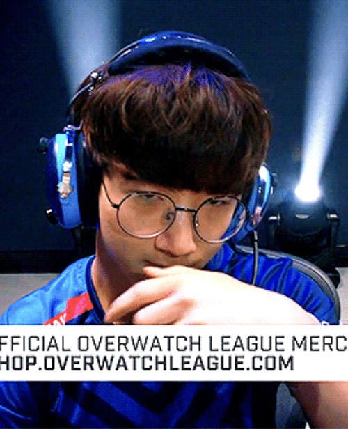League, Overwatch, and Com: FFICIAL OVERWATCH LEAGUE MERC  HOP.OVERWATCHLEAGUE.COM