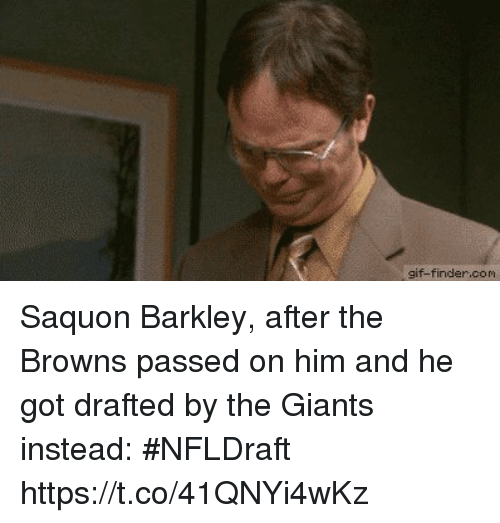 Sizzle: gif-finder.com Saquon Barkley, after the Browns passed on him and he got drafted by the Giants instead: #NFLDraft https://t.co/41QNYi4wKz