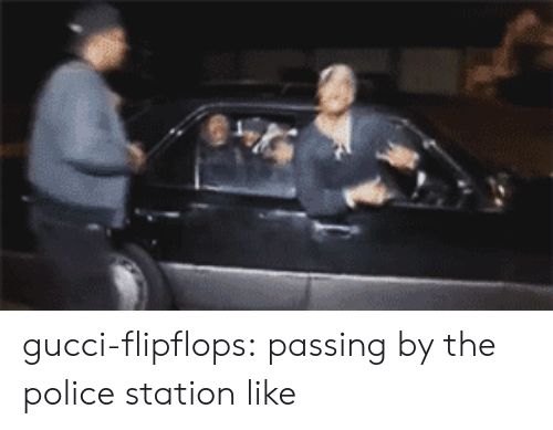 Gucci-Flipflops Passing by the Police Station Like | Gucci