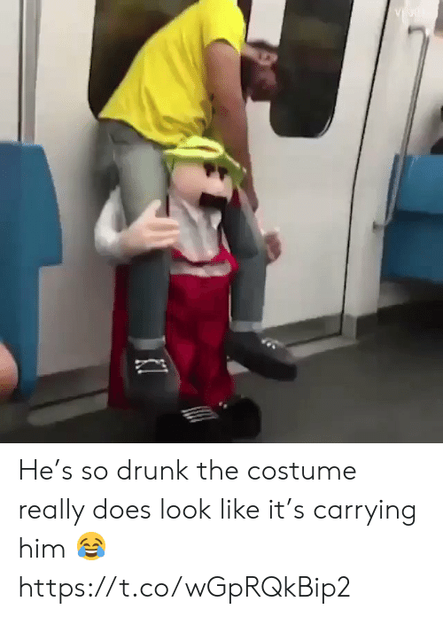 Drunk, Funny, and Him: He's so drunk the costume really does look like it's carrying him 😂 https://t.co/wGpRQkBip2