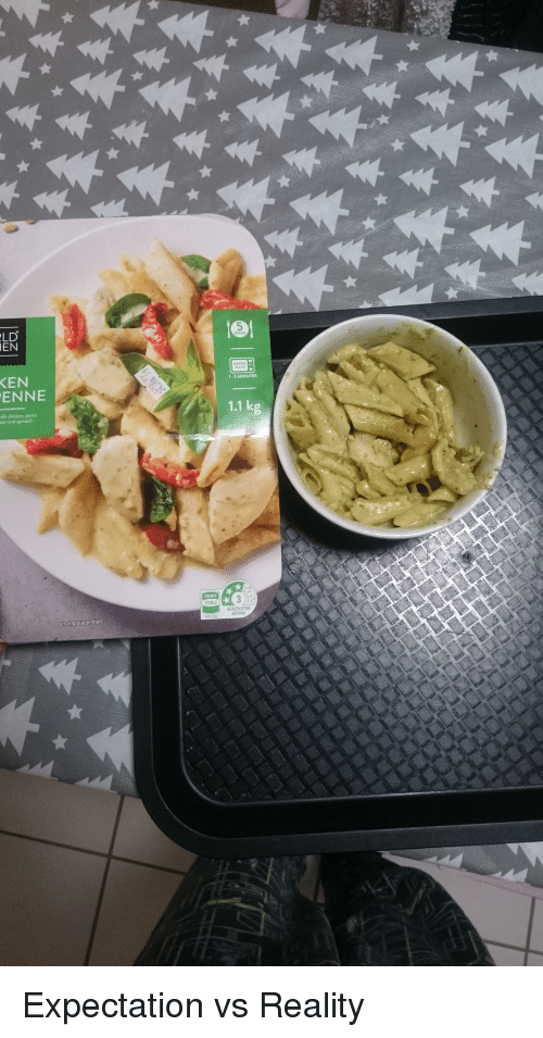 Ken, Chicken, and Star: LD  EN  ERVES  MICRO  WAVE  KEN  ENNE  1-2 MINUTES  1.1 kg  th chicken, pesto  oes and spinach  13kJ  HEALTH STAR  RATING  serving suggestion