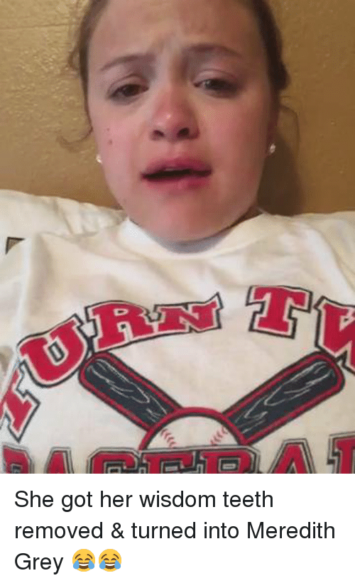 She Got Her Wisdom Teeth Removed & Turned Into Meredith Grey