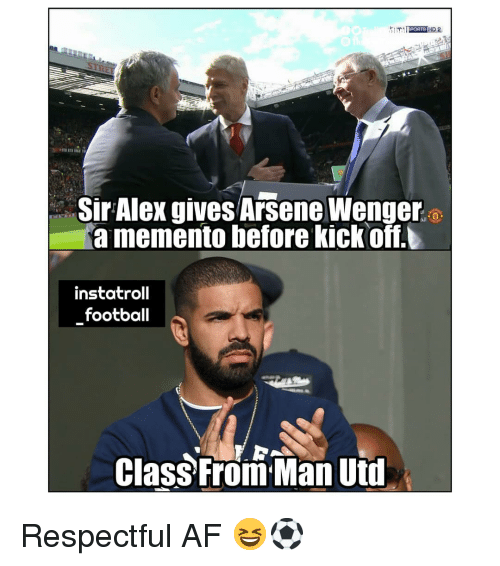 Af, Football, and Memes: Sir Alex gives Arsene Wenger  a memento before kickoff.  instatroll  football  Class From Man Uti Respectful AF 😆⚽️