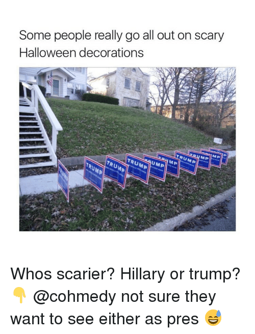 Some People Really Go All Out on Scary Halloween Decorations Whos ...