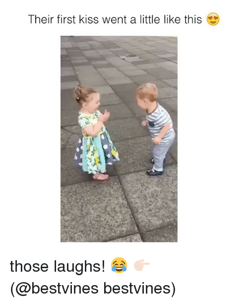 Memes, Kiss, and 🤖: Their first kiss went a little like this those laughs! 😂 👉🏻(@bestvines bestvines)