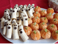 "Halloween, Target, and Tumblr: <p><a class=""tumblr_blog"" href=""http://autumnblossoms.tumblr.com/post/60106216581/healthy-halloween-snacks-these-make-me-so"" target=""_blank"">autumnblossoms</a>:</p> <blockquote> <p>HEALTHY HALLOWEEN SNACKS!!!!</p> <p>These make me so happy!!!</p> </blockquote>"