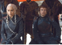 """Marriage, Tumblr, and Blog: <p><a href=""""https://re-x.tumblr.com/post/164742542553/out-of-context-screencap-in-which-theon-and-dany"""" class=""""tumblr_blog"""">re-x</a>:</p><blockquote><h2><b>Out of context screencap: in which Theon and Dany look like two young royals who have been pressured into a loveless, dynastic marriage</b></h2></blockquote>"""