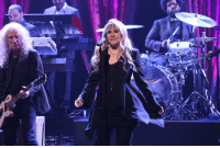 """Target, Http, and Blank: <p>Stevie Nicks performs &ldquo;<a href=""""http://www.nbc.com/the-tonight-show/segments/4136"""" target=""""_blank"""">Edge of Seventeen</a>&rdquo; with The Roots.</p>"""