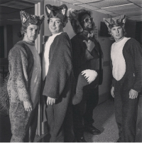 <p>What does the fox say? @questlove @ylvis</p>: <p>What does the fox say? @questlove @ylvis</p>