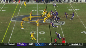 "6'4"" @Ravens rookie WR Miles Boykin hauls in the pass from @RGIII for a 39-yard reception! @MBoykin814 #RavensFlock  📺: #BALvsLAR on ESPN 📱: NFL app // Yahoo Sports app Watch free on mobile: https://t.co/dT6vJde0rP https://t.co/pJEMsbY7v5: Ли  8-2 42  6  ESFITMNF  4TH 8:38 07  3rd & 8  6-4 6'4"" @Ravens rookie WR Miles Boykin hauls in the pass from @RGIII for a 39-yard reception! @MBoykin814 #RavensFlock  📺: #BALvsLAR on ESPN 📱: NFL app // Yahoo Sports app Watch free on mobile: https://t.co/dT6vJde0rP https://t.co/pJEMsbY7v5"