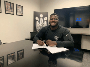 Raiders, Star, and Chance: 'Last Chance U' star Ronald Ollie (DL, Nicholls State) announces he's signing with the Raiders