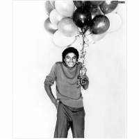 Happy birthday Michael! we really miss you ❤ What would you say to Michael on his birthday?: イソ\ Happy birthday Michael! we really miss you ❤ What would you say to Michael on his birthday?