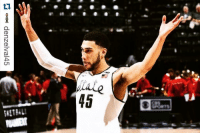 Bad, College, and Definitely: ロoond denzelval45  17,il3H  ●●●:869 Denzel Valentine keeps it in perspective despite historic loss Repost @denzelval45 with @repostapp. ・・・ Definitely not what I had in mind the way my college career ended. Just wanted to say Thank you Spartan nation for your support for 4 years. I can honestly say I have no regrets to the way I gave my all to this university and program! I had an amazing time playing the game I truly love here at this special place and I will never forget the memories with my family, teammates, coaches, fans, and whoever played a part in my time at Michigan state. Through the good and bad times I can say Im leaving this university a better man and player. I had a wonderful time at MSU and wouldn't trade any moment, I will never forget this time. Thank you and always go green 💯💯