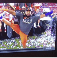 DCYoungFly goin in on Clemson's D-Lineman ChristianWilkins as he celebrates last nights win over Alabama! 😳😩😂 @DCYoungFly @ClemsonFB WSHH: ㄐ  .co DCYoungFly goin in on Clemson's D-Lineman ChristianWilkins as he celebrates last nights win over Alabama! 😳😩😂 @DCYoungFly @ClemsonFB WSHH