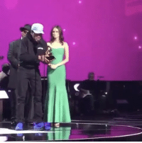 "Congrats to ChanceTheRapper on winning ""Best Rap Performance"" for ""No Problem"" at the Grammys! 👏 @chancetherapper (via twitter-fakeshoredrive) WSHH: 哌 Congrats to ChanceTheRapper on winning ""Best Rap Performance"" for ""No Problem"" at the Grammys! 👏 @chancetherapper (via twitter-fakeshoredrive) WSHH"