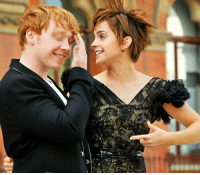 - Date: 06-11-16 DTFB: 12 FC: 99.2k --- This photo is so cute --- Q- would you rather meet Emma or Rupert? --- HarryPotter TheDeathlyHallows EmmaWatson RupertGrint: 癬  ify - Date: 06-11-16 DTFB: 12 FC: 99.2k --- This photo is so cute --- Q- would you rather meet Emma or Rupert? --- HarryPotter TheDeathlyHallows EmmaWatson RupertGrint