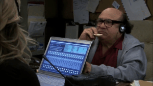 Which software are they using to record podcast ? (from: S06E04 : Mac's Big Break): 000000  iatili Which software are they using to record podcast ? (from: S06E04 : Mac's Big Break)