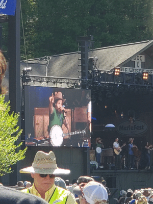 Charlie, Saw, and Today: 0C  89  08 Saw The Avett Brothers today. I think Charlie was a fill in
