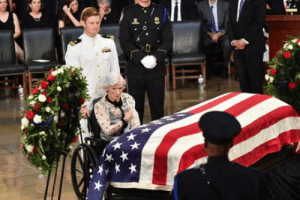Old, Her, and Son: 106 years old, saying goodbye to her son