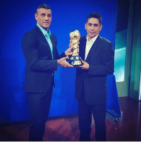 Memes, Argentina, and Australia: 11 A Following last week's trip to Australia, NewZealand and Portugal, the ConfedCup is now in Mexico! Sergio Goycochea, who won the trophy with Argentina in 1992, is joined here by Jorge Campos! The trophy will visit all the ConfedCup teams before the tournament kicks off in June.