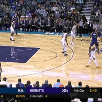 """Donovan Mitchell had 35 PTS, 5 3PTS & 1 of the nastiest rebounds you will ever see!  FYI: @spidadmitchell is 6'3"""" & Dwight Howard is 6'11""""   https://t.co/NHjYNpaHTU: 12  85 HORNETS  85 4th Qtr 5:40  4  BONUS Timeouts: 3 Donovan Mitchell had 35 PTS, 5 3PTS & 1 of the nastiest rebounds you will ever see!  FYI: @spidadmitchell is 6'3"""" & Dwight Howard is 6'11""""   https://t.co/NHjYNpaHTU"""