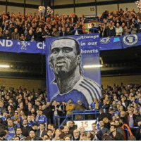 DROGBA BACK AT CHELSEA?😱 Blues legend will not return to play up front with Diego Costa – the Ivorian is bidding for a coaching role in West London. Globo Esporte report that Drogba turning down a move to Corinthians could spell the end of his playing career – and open up the door to a coaching role at Stamford Bridge. Last season, interim manager Guus Hiddink offered Drogba a role as his assistant manager, but Drogba instead continued playing with MLS side Montreal Impact. Read more at http:-www.tribalfootball.com-articles-didier-drogba-ready-for-exciting-chelsea-return-4167028 IG2eogGd5P6GJ2pv.99: 15  ce  in our  eArts  5  為 DROGBA BACK AT CHELSEA?😱 Blues legend will not return to play up front with Diego Costa – the Ivorian is bidding for a coaching role in West London. Globo Esporte report that Drogba turning down a move to Corinthians could spell the end of his playing career – and open up the door to a coaching role at Stamford Bridge. Last season, interim manager Guus Hiddink offered Drogba a role as his assistant manager, but Drogba instead continued playing with MLS side Montreal Impact. Read more at http:-www.tribalfootball.com-articles-didier-drogba-ready-for-exciting-chelsea-return-4167028 IG2eogGd5P6GJ2pv.99