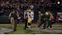15 years ago, a grieving @BrettFavre transcended sports.  399 passing yards + 4 TDs the night after losing his father. What a tribute.  ⏪: Follow @NFLThrowback! #GoPackGo https://t.co/o5KtBom9hs: 15 years ago, a grieving @BrettFavre transcended sports.  399 passing yards + 4 TDs the night after losing his father. What a tribute.  ⏪: Follow @NFLThrowback! #GoPackGo https://t.co/o5KtBom9hs