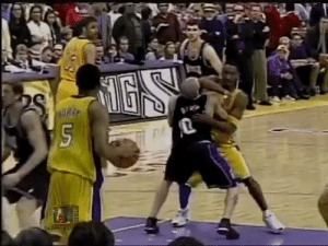 18 years ago today, Mike Bibby took a Kobe elbow to the face during the final seconds of the controversial GM6 of the 2002 WCF  Free throws (game) Lakers: 40 Kings: 25  Free throws (4th quarter) Lakers: 27 Kings: 9  📼 @Oldskoolbball1   https://t.co/n6CQvdNOci: 18 years ago today, Mike Bibby took a Kobe elbow to the face during the final seconds of the controversial GM6 of the 2002 WCF  Free throws (game) Lakers: 40 Kings: 25  Free throws (4th quarter) Lakers: 27 Kings: 9  📼 @Oldskoolbball1   https://t.co/n6CQvdNOci