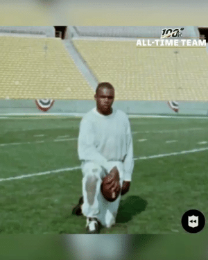 """""""Give me 18 inches of daylight, that's all I need.""""   Why Gale Sayers is on the #NFL100 All-Time Team 💯 https://t.co/DgzazD1IRz: 19  ALL-TIME TEAM """"Give me 18 inches of daylight, that's all I need.""""   Why Gale Sayers is on the #NFL100 All-Time Team 💯 https://t.co/DgzazD1IRz"""