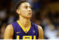 LSU's Ben Simmons has been ruled ineligible for the Wooden Award as he reportedly didn't meet the academic criteria.: 1B LSU's Ben Simmons has been ruled ineligible for the Wooden Award as he reportedly didn't meet the academic criteria.