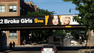 Beautiful, Girls, and 2 Broke Girls: 2 Broke Girls 9PM Which one of you beautiful bastards did this?