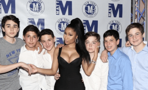 """A moment in time: Nicki Minaj meeting the six white guys who comment""""dan nickiur bobbies"""" on her Instagram.: 2  mM  EW YO  EST A moment in time: Nicki Minaj meeting the six white guys who comment""""dan nickiur bobbies"""" on her Instagram."""