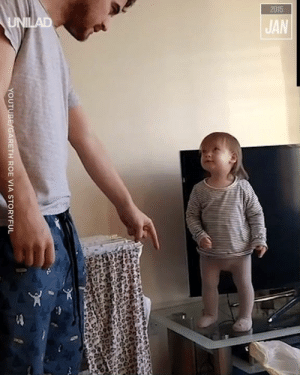 This stand off between a father and daughter gets extremely heated! 😱😂: 2015  UNILAD  JAN  YOUTUBE/GARETH ROE VIA STORYFUL This stand off between a father and daughter gets extremely heated! 😱😂