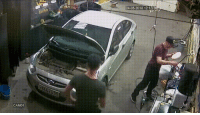 Accident in the garage: 24-05-2018 12:10  CAM01 Accident in the garage