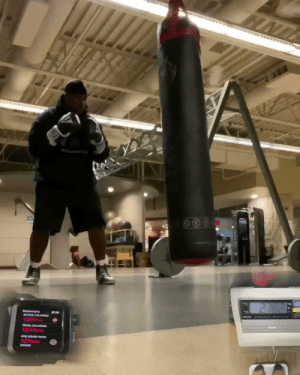 This is round 9 (20 second box, 10 second straight punches) after 30 minutes of drills. I don't always post my greatest workouts for the gram.  Today was bad for me, but I got up and got it done.  Just want to motivate y'all and motivate myself in the process. https://t.co/WIW9MS8Sa9: 271628  Summary  ACTIVE CALON  OTAL CALORES  1544CAL  VGHEARY RATE  127DM  BAE This is round 9 (20 second box, 10 second straight punches) after 30 minutes of drills. I don't always post my greatest workouts for the gram.  Today was bad for me, but I got up and got it done.  Just want to motivate y'all and motivate myself in the process. https://t.co/WIW9MS8Sa9