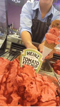 Dank, Ice Cream, and 🤖: 3,95  gel  HEIN2  TOMATO  KETCHUP This ice cream parlour sells Heinz Tomato Ketchup ice cream 😳