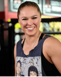 Ronda Rousey makes her return to the spotlight tonight when she hosts @nbcsnl. This is her first major TV appearance since her loss to Holly Holm. SNL: 4'八LiA.A , galAe / Ronda Rousey makes her return to the spotlight tonight when she hosts @nbcsnl. This is her first major TV appearance since her loss to Holly Holm. SNL