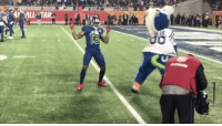 Sports, Pro Bowl, and Tar: :4-ALL-TAR.  aLUE  0 @obj was a dancing machine at the Pro Bowl 🕺 (via @nfl)