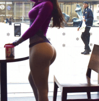 Ass, Dat Ass, and Funny: @jenselter  Photobomb 😂 Photobomb 😂
