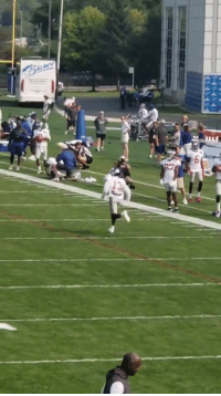 Smooth, Twitter, and Via: 6 Odell too smooth  (via DanLeach971/Twitter)