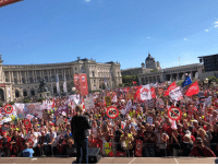 Austrian, Citizens, and  Numbers: 60  OGB  NEL  GEGEN  RECHTS Austrian citizens protesting against the numbers 12 and 60 (June 2018)