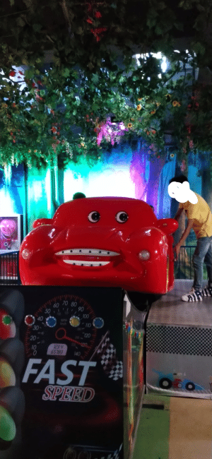 Thanks, I hate carnival rides in China: 70 80  60  50 90  100  40  MPH  110  30  120  20  23.4  10  140  FAST  SPEED  ayoly Thanks, I hate carnival rides in China