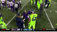 Justin Britt tried to check on his former Mizzou and Seahawk teammate, Sheldon Richardson, and the ref swooped in to ruin the moment  https://t.co/0bnI66iI6i: 75  448  BRITT  69  MNF a 65-1MIN O KA  (7-5) SEA 6 4TH 3:09 33 MONDAY NIGHT FOOTBALL Justin Britt tried to check on his former Mizzou and Seahawk teammate, Sheldon Richardson, and the ref swooped in to ruin the moment  https://t.co/0bnI66iI6i