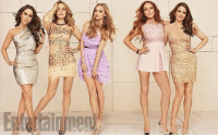 the mean girls cast did a reunion photoshoot 😍: 9)  E the mean girls cast did a reunion photoshoot 😍
