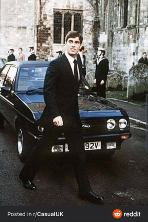 Prince Andrew with a 15 year old escort (c. 1990's).: 92V  Posted in r/CasualUK  O reddit Prince Andrew with a 15 year old escort (c. 1990's).