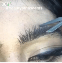 *Still trying to understand how threading works after watching for an hour*⠀ By @beautyatnaseems⠀ -⠀ 9gag eyebrows eyebrowthreading browgame: 9GA  aseems *Still trying to understand how threading works after watching for an hour*⠀ By @beautyatnaseems⠀ -⠀ 9gag eyebrows eyebrowthreading browgame