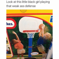 😂😂: Look at this little black girl playing that weak ass defense 😂😂