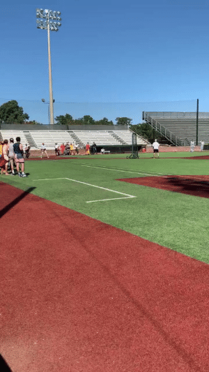 A junior college player dressed up as Forrest Gump for a Halloween baseball game and played it perfectly   (Video via @ApacheAthletics) https://t.co/iI95HmVZUK: A junior college player dressed up as Forrest Gump for a Halloween baseball game and played it perfectly   (Video via @ApacheAthletics) https://t.co/iI95HmVZUK
