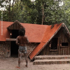 A primitive villa being made out of basic materials... The end result is so amazing! 😲😍  Unique Share: A primitive villa being made out of basic materials... The end result is so amazing! 😲😍  Unique Share