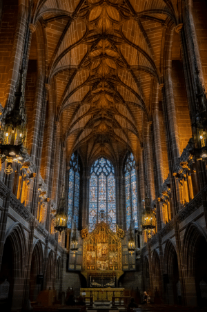 A small peaceful chapel inside one of Europe's biggest cathedrals: A small peaceful chapel inside one of Europe's biggest cathedrals